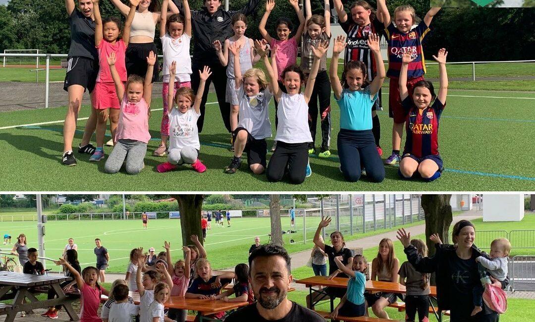 Startschuss für Friedberger Mädchenfußball!  Am Freitag nahmen 13 Mädchen im Alt...